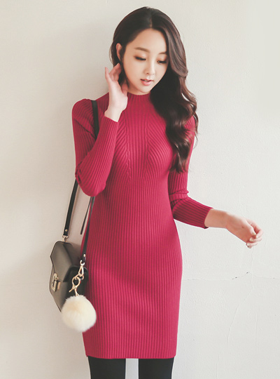 Funnel Neck Corrugated Knit Dress