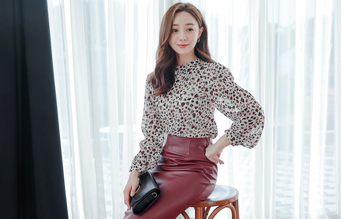 minimal Leopard Color Chiffon Blouse