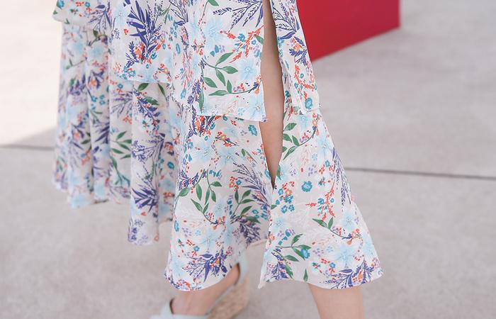 Flower Ruffle Long Slit Skirt