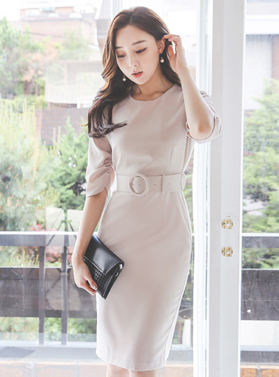 Lily Shirring Sleeves O-ring Belted Dress