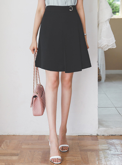 Crescent Unbalance Pintuck A-line Skirt