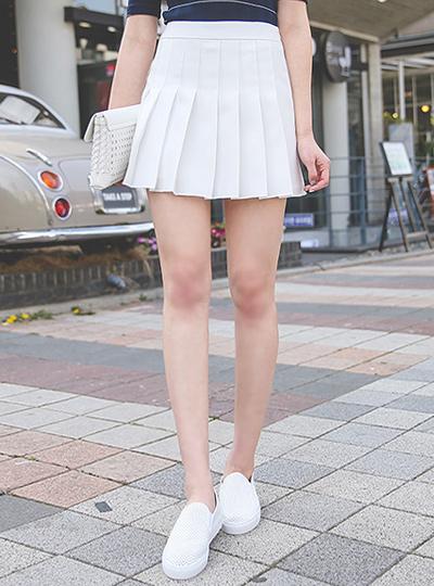Classic Tennis Skirt (Pants lining)