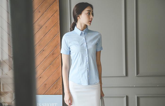 Basic Slim Cotton span Shirt (short-sleeved)