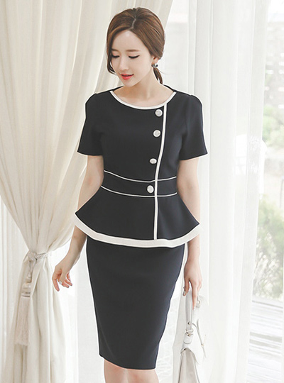 Button page bias plume Dress (sleeve)