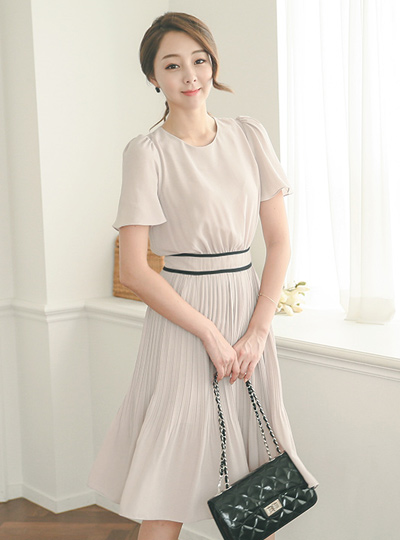 Anna Bias Pleats Dress