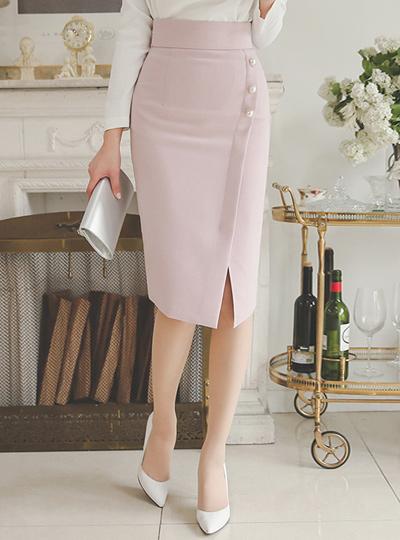 triple pearl button High Skirt
