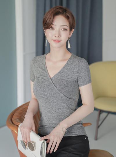Slim V Lap T-shirt