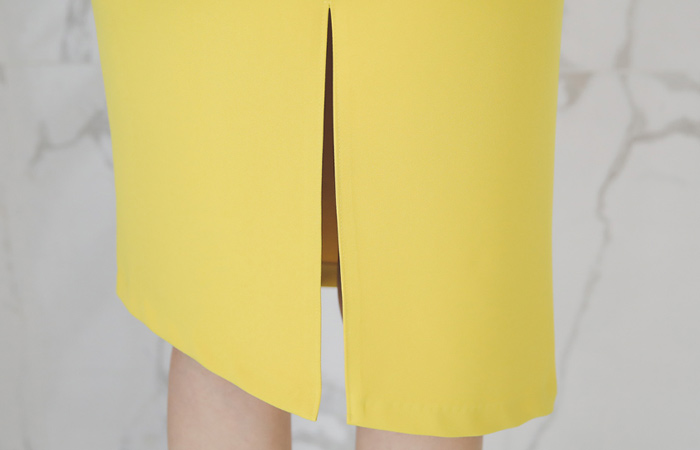 Back Slit Unbalance Diagonal H-line Skirt