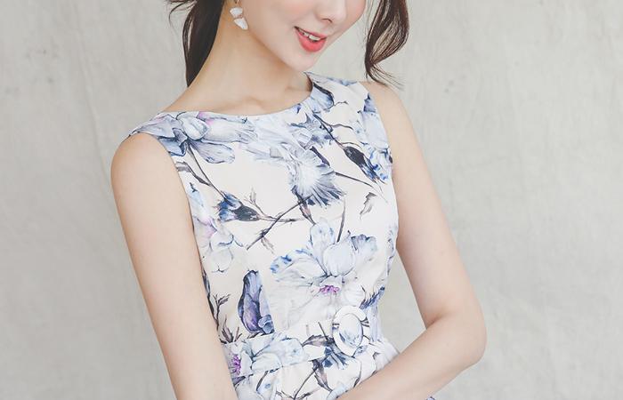 Fantasy Flower Satin Flared Dress