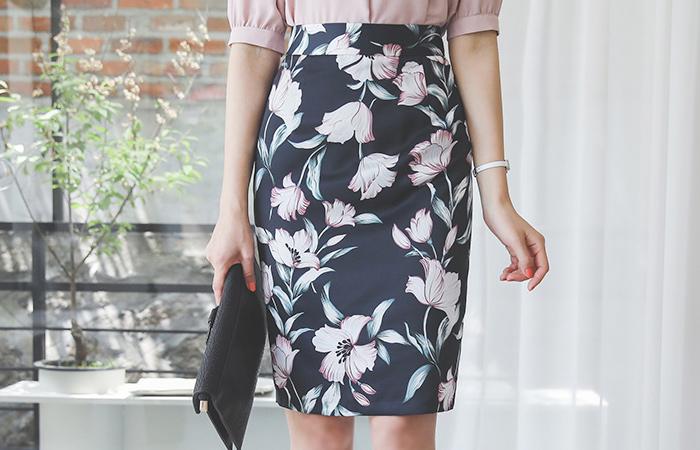 Skily Flower H-line Skirt