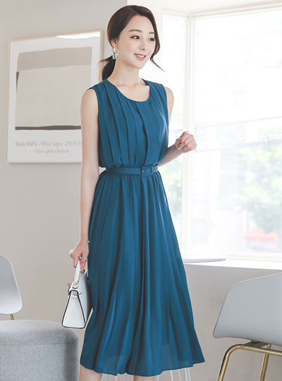 Dressy Volume Pleats Belt Dress