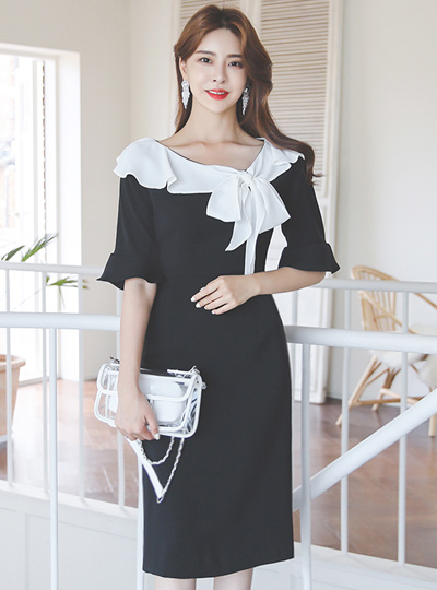 Black Swan Collar Color Combination Ruffle Ribbon Dress