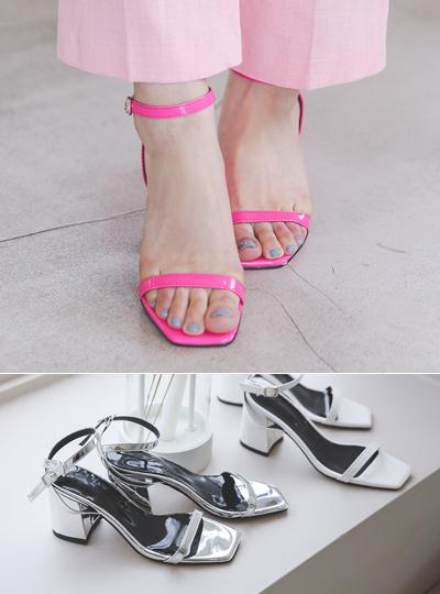 Enamel Basic Strap Platform-Sandals