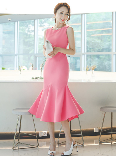 Modern Cutting-line Mermaid Long Dress