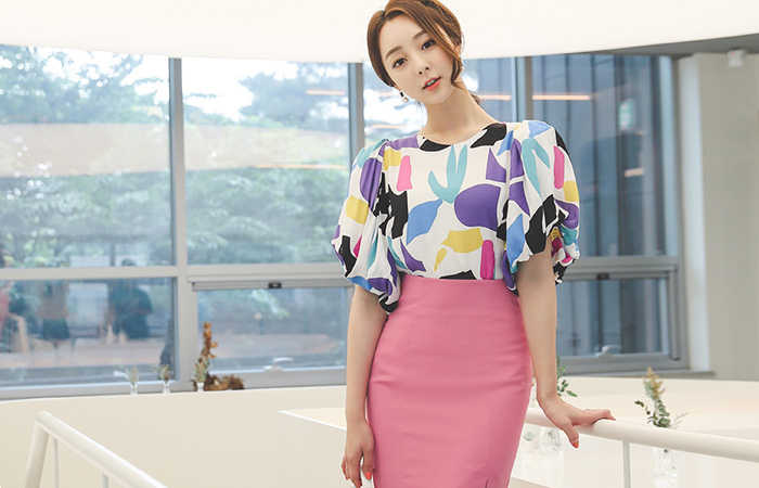 Picaso Color Edge Puff String Sleeves Blouse