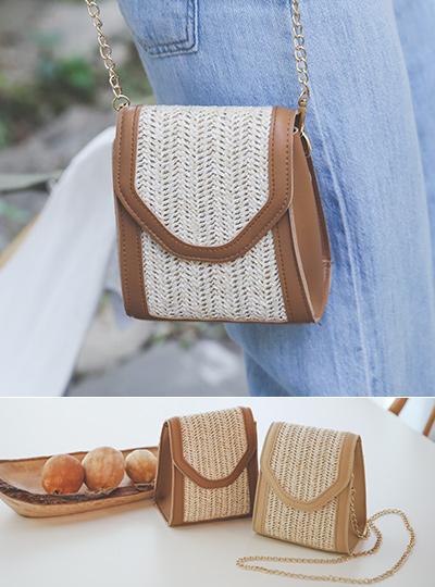 Rattan Mini Gold-Chain Cross Bag