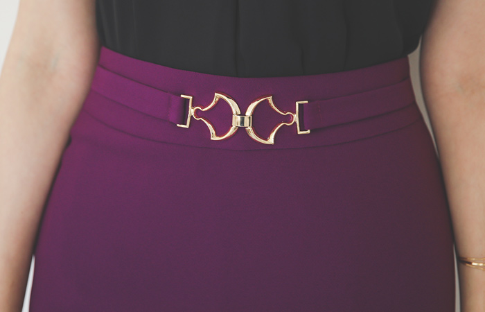 Gold Buckle Buckle H-line Span Skirt