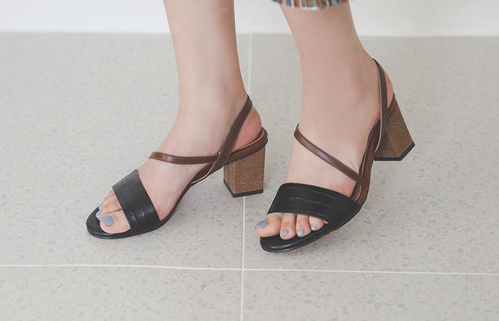 Snake Color Combination Strap Sandal Heel