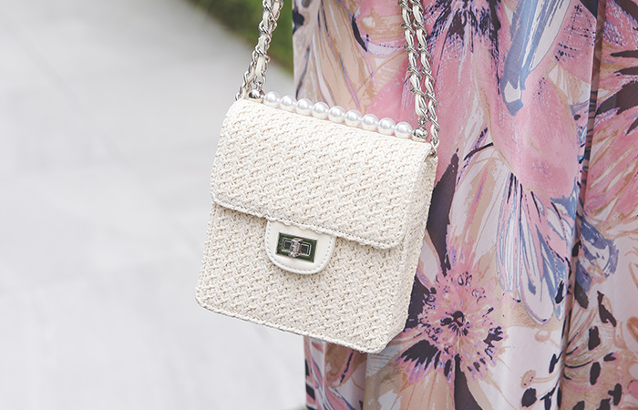 Rattan Pearl Chain Tote bag