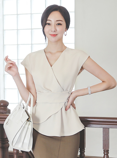 Unbalance Peplum Button-Wrap Blouse