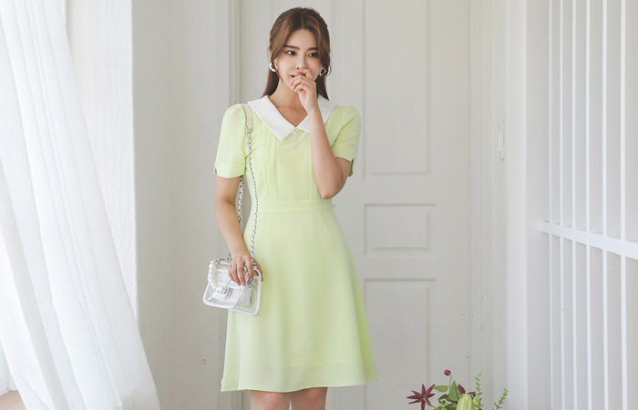 Color Combination Flat Collar Flared Dress