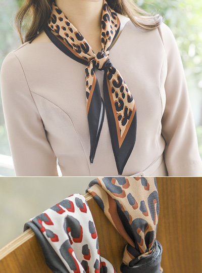 Color Combination Leopard Petit Scarf