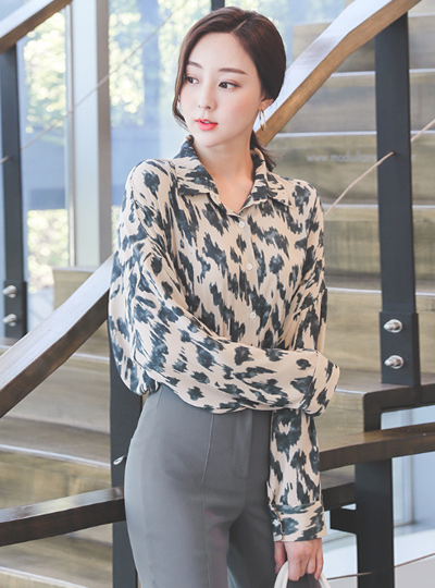 Printing Collar Shirt Loose Blouse