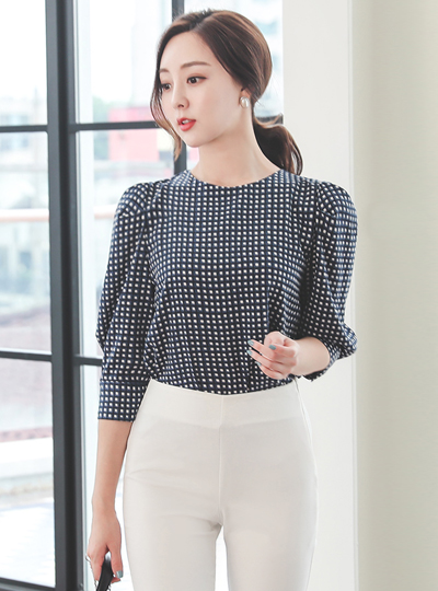 Plaid Puff Round Blouse