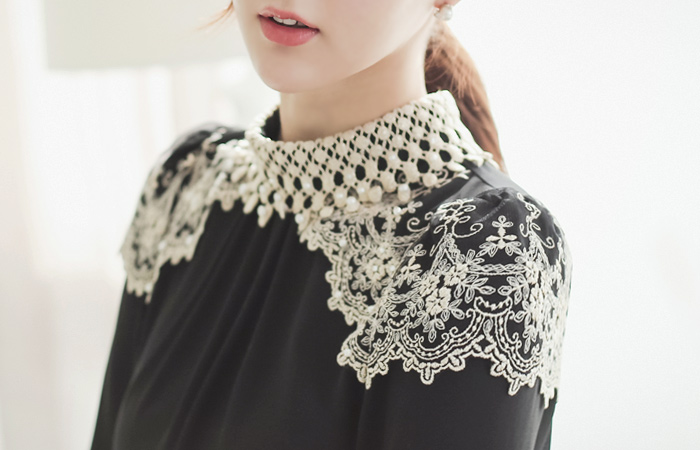 Princess Embroidery Blouse