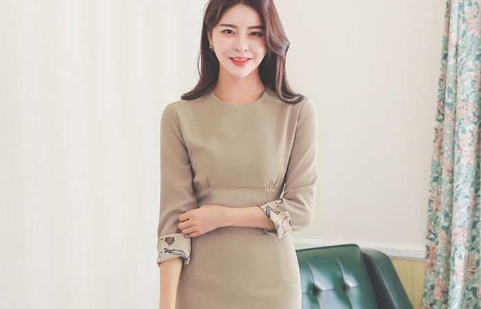 Chain Printing Roll-up Three-Quarter Sleeves Shirring H-line Dress