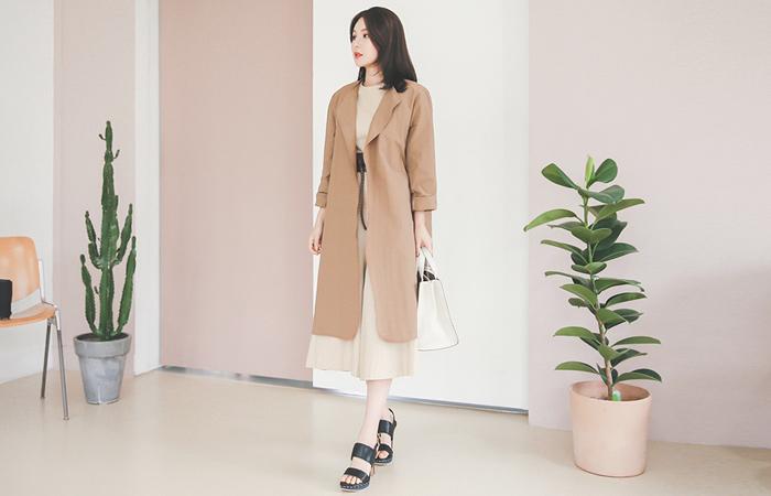 Natural coating light long jacket