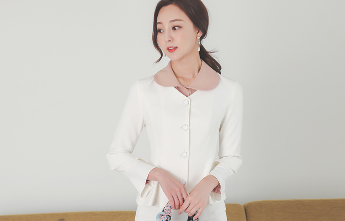 Lady Cancan Ruffle Sleeves Antique Button No-collar Jacket