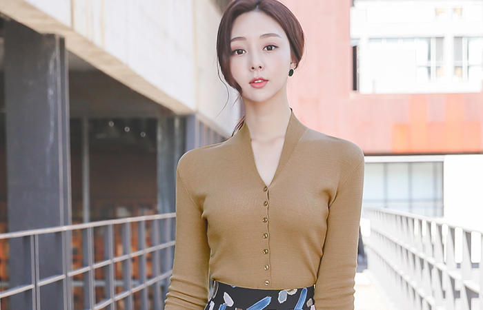 Shawl Collar Slit Sleeves Button Knit