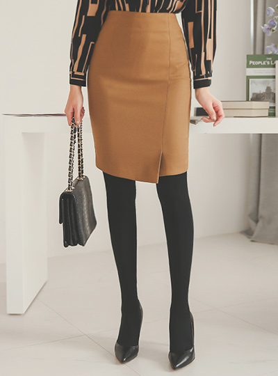 simple oblique incision Hline Skirt