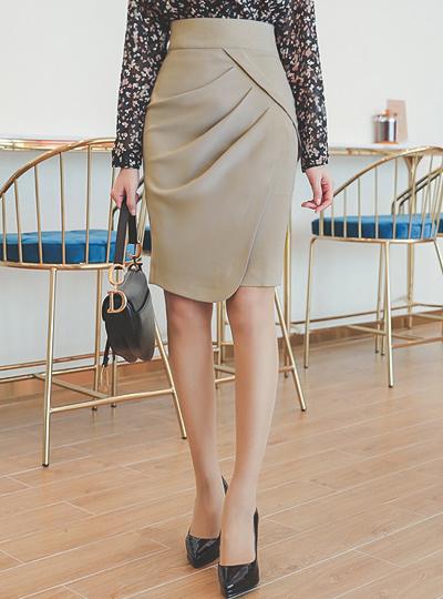 Glam Shirring Round Slit Skirt