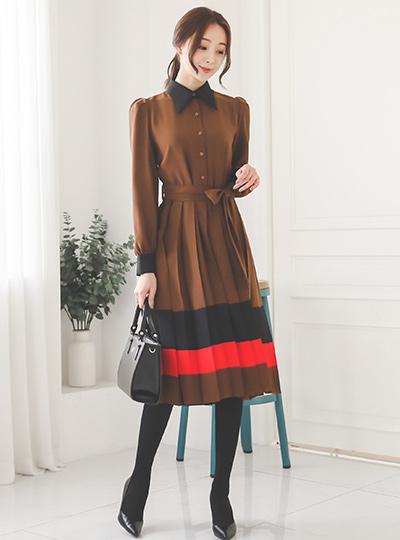 Merry line color Pleats Dress