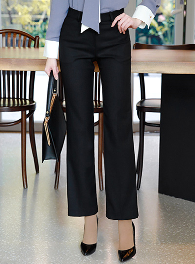 Modern Basic Slim Fit Slacks