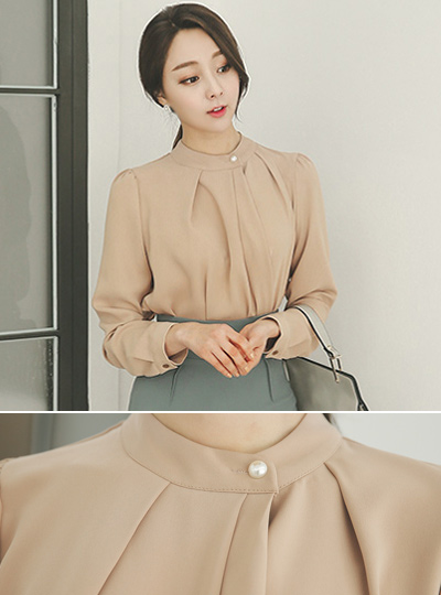 feminine side pearl buttons Blouse