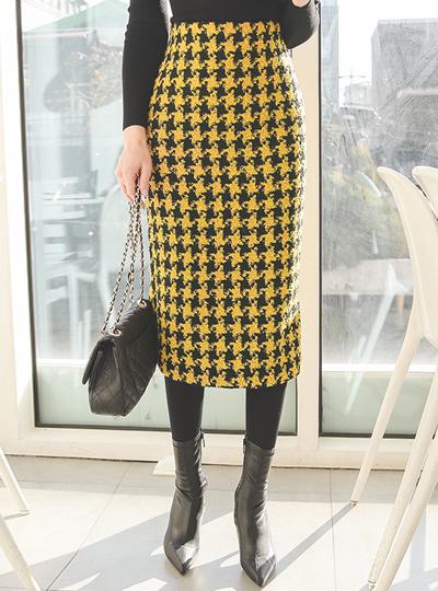슈스타 Hound's-Tooth H-line Wool Skirt