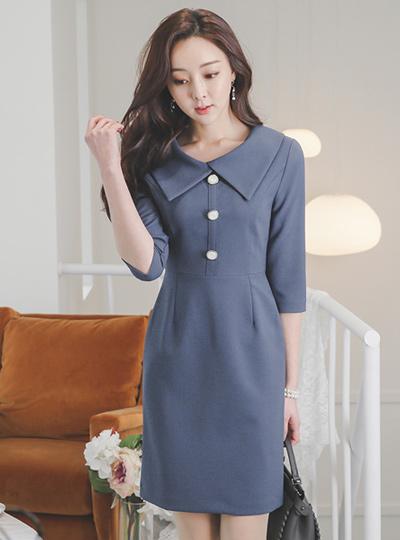 Wide Flat-Collar Pearl Button Dress
